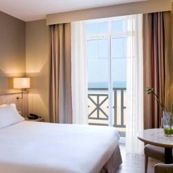 chambre de l'hôtel antinea à St-Malo