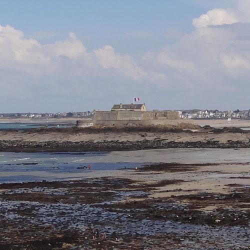 marée basse et fort national